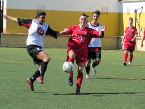Cuatro equipos toman parte en la Liga femenina de fútbol ocho de la FFC