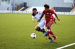 Nuri jugó en punta donde trató de incordiar a la defensa del Sevilla