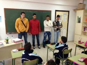 Jaime, Segura y Jalid, durante su visita al CEIP Juan Morejón