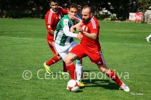 Pepe Martínez reapareció en Córdoba y lo hizo en su posición natural de lateral izquierdo