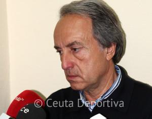 Álvaro Pérez, durante la rueda de prensa tras el triunfo sobre el Ayamonte