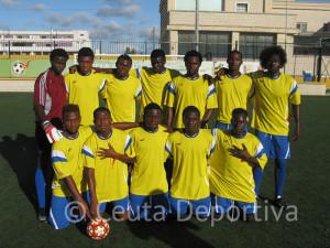 África Star venció por 4-0 al equipo de la Policía Local que jugó con un futbolista menos