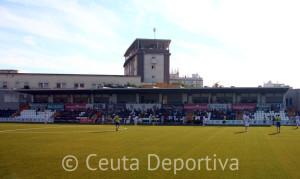 Imagen de la grada de Tribuna casi vacía en el partido del pasado domingo entre la AD Ceuta FC y el Coria CF