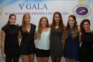 Lorena Miranda junto a algunas de sus compañeras en el combinado nacional
