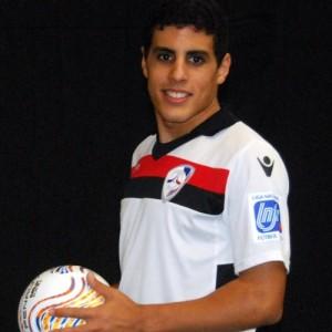 Hamza Maimón (22 años) se lesionó con su equipo en el Mundialito de clubes de Kuwait