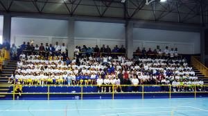 Foto de familia de la tercera edición del Encuentro Baloncesto y Mujer, celebrado el pasado año
