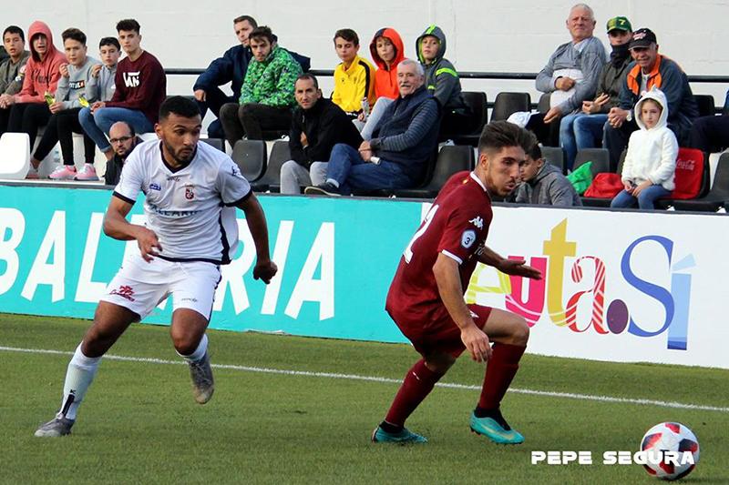 c0bd0784a Jalid es la nota positiva para Sevilla al haber entrado en la convocatoria  tras recuperarse de una rotura de fibras
